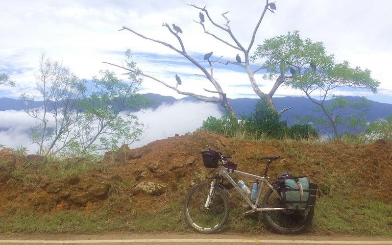 adecaundo bicicleta de mtb para viajar